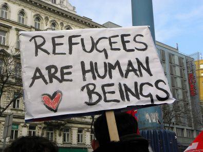 1024px-2013-02-16_-_Wien_-_Demo_Gleiche_Rechte_für_alle_(Refugee-Solidaritätsdemo)_-_Refugees_are_human_beings